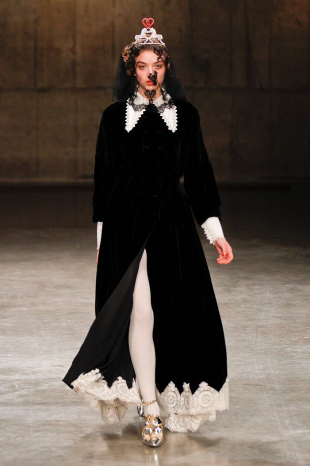 meadham-kirchhoff-autumn-winter-13-005_CA