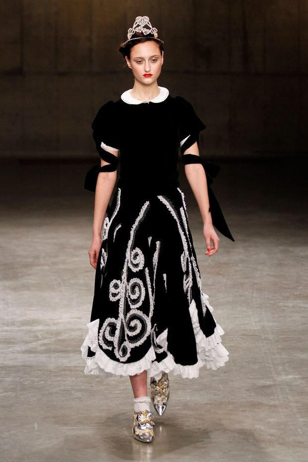 meadham-kirchhoff-autumn-winter-13-008_CA